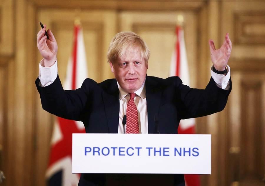 英國首相強生感染新冠肺炎後,由於高燒不退,已在當地時間5日送醫檢查。(資料照/美聯社)
