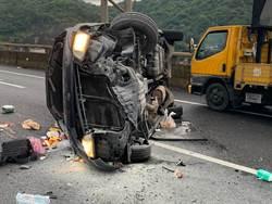 基隆台62線死亡車禍 自撞分隔島1死2傷