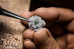 Dior寶石晚宴包 獨特鑲嵌手法近距離鑑賞
