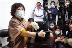氣炸鍋蒸口罩 她替葉毓蘭抱屈:疫情中心說試試看…