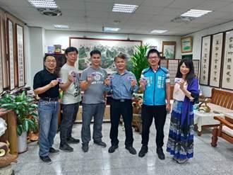 台中市議員羅廷瑋與歐森教育機構聯手 捐贈額溫檢測卡給學校
