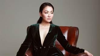 江祖平「深V到肚子」裡面沒穿!41歲神顏美翻了