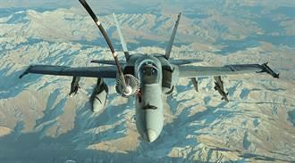 買下46架F18 他擁有最威私人機隊
