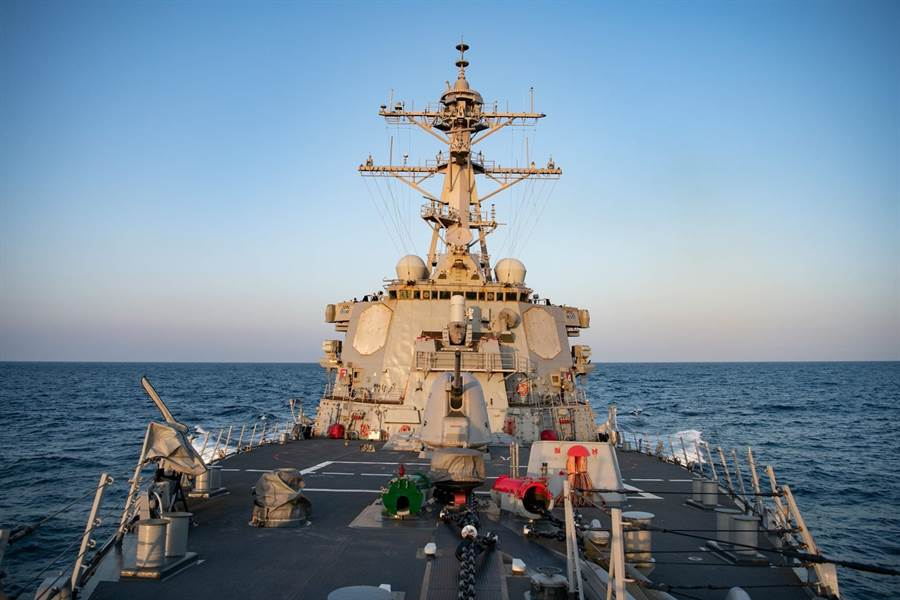 貝瑞號於10日巡航台灣海峽。取自第七艦隊