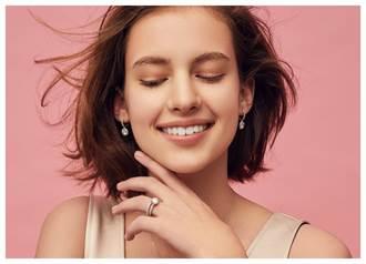 卡地亞Cartier Destinee彩寶戒指  獻母親