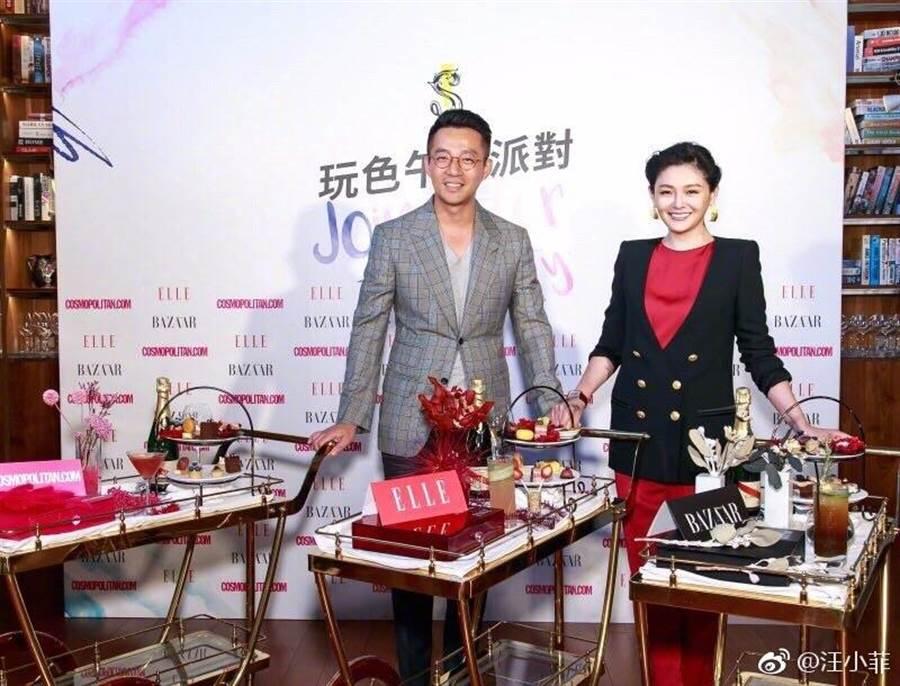 大S之前被老公汪小菲出席飯店活動。(摘自微博)