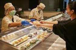 不必碰餐夾 探索廚房首推「無夾」服務