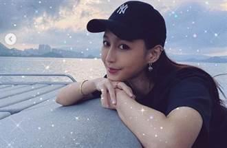 「香港DJ女神」洛兒激似曾莞婷!變裝兔女郎秀腰間紋身