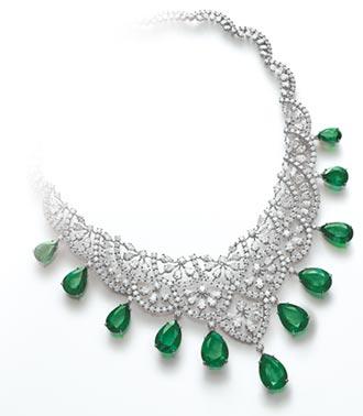 蕭邦珠寶迎春 祖母綠、蘭花寵貴客