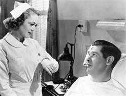 《秘聞23錄》二戰德軍培訓正妹俏護士 竟有驚人用途