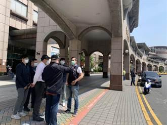 板桥站前排班小黄遭恐吓 警分局派员站岗