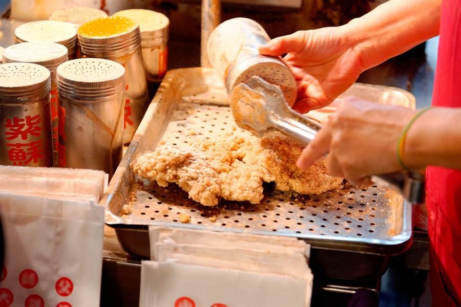 祭品文重出江湖!連3天0確診就發500片雞排。(示意圖/Shutterstock)