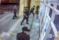 同業相爭 4黑衣人闖竹東生命禮儀館遭砸毀大廳玻璃