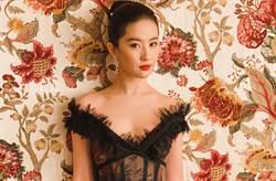 劉亦菲自拍曝光最愛香芋紫色!朴敏英也瘋V領背心超顯瘦