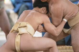 《歷史23事》宋仁宗愛看裸女相撲 肉搏畫面好害臊
