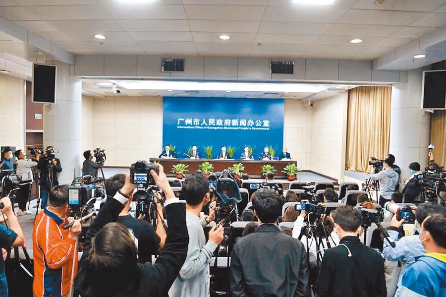 廣州市市長溫國輝回應大家關注的廣州疫情防控情況。