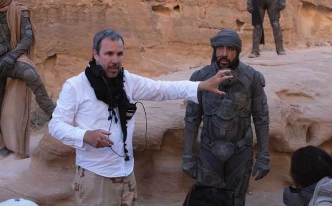 此片導演丹尼維勒納夫曾獲得奧斯卡提名。(圖/華納兄弟提供)