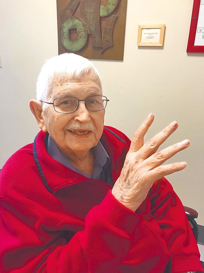 來台奉獻逾半世紀的美籍神父甘惠忠,16日傳出於美國逝世,享壽84歲。(鍾蔡瑛珠提供/劉秀芬台南傳真)