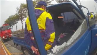 開著小貨車到醫院前要引爆自傷 警消破窗救阿伯一命