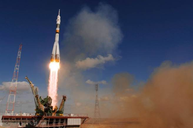 美國太空司令部警告,俄國已具備獵殺低軌道衛星的能力。圖為俄國聯合號火箭。(圖/NASA)