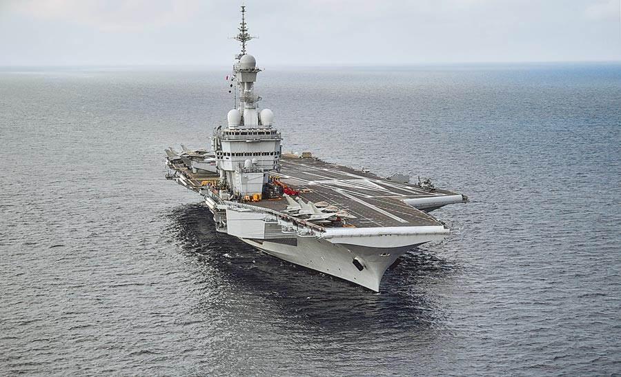 法國核子動力航空母艦戴高樂號。(美聯社)
