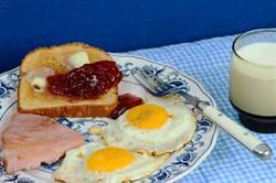 草莓蛋吐司超噁?網揭秘神美味隱藏吃法