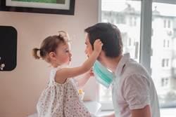 小小孩拒戴口罩?醫授對策秒收服