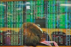台股大跌298點 亞股全數收黑