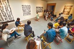 高美館牽線 媒合藝術家與畫廊合作