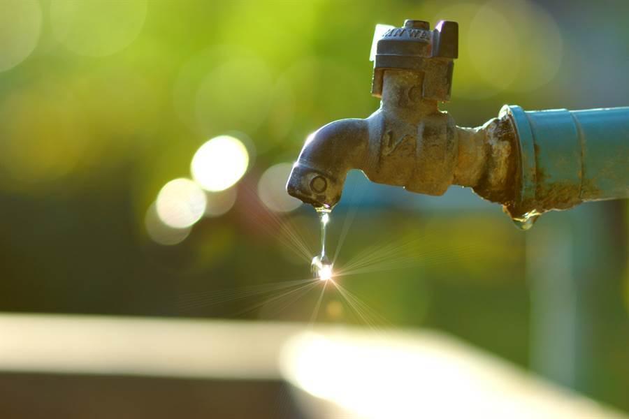 我們只有一個地球,更需要節水,珍惜水資源。(達志影像/shutterstock提供)