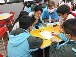 新北技術型高中雙語教案甄選  看見未來職場的雙語力
