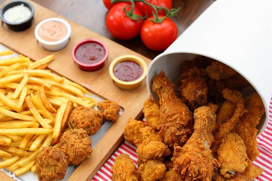 無油氣炸鍋物罪惡感減半?營養師這樣說。(圖/Shutterstock)