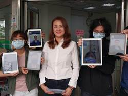 民進黨高巿黨部主委選舉 花媽子弟兵高閔琳完成登記