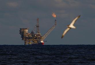 油滿為患 離岸鑽油商關閉油井 墨西哥灣產能恢復恐耗數年
