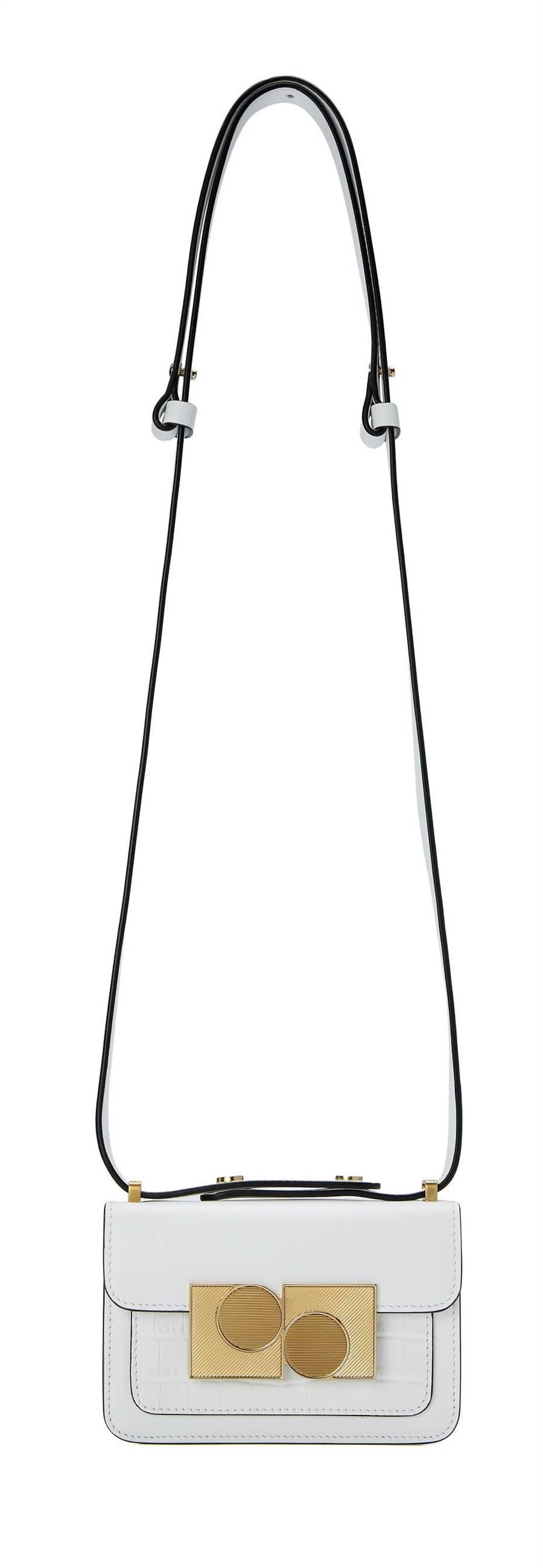 「微风之夜特典-乌托邦黄金周」PORTS1961 Anika 迷你肩背包,原价1万7800元、直播VIP价1万6910元,首次登台限时预购9.5折,加赠品牌戒指。(微风提供)