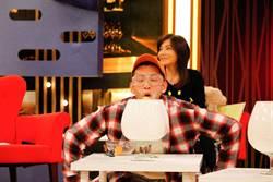 吳俊諺靠嘴吹乒乓球贏大獎 現場秀一手15中1超糗