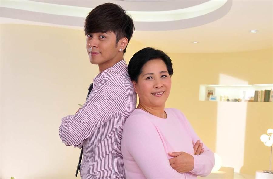 羅志祥和媽媽感情一向很好。(圖/本報系資料照)