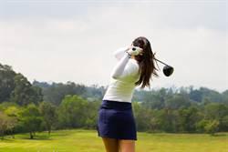 高爾夫正妹慘變工具人 15男約會竟只為上課