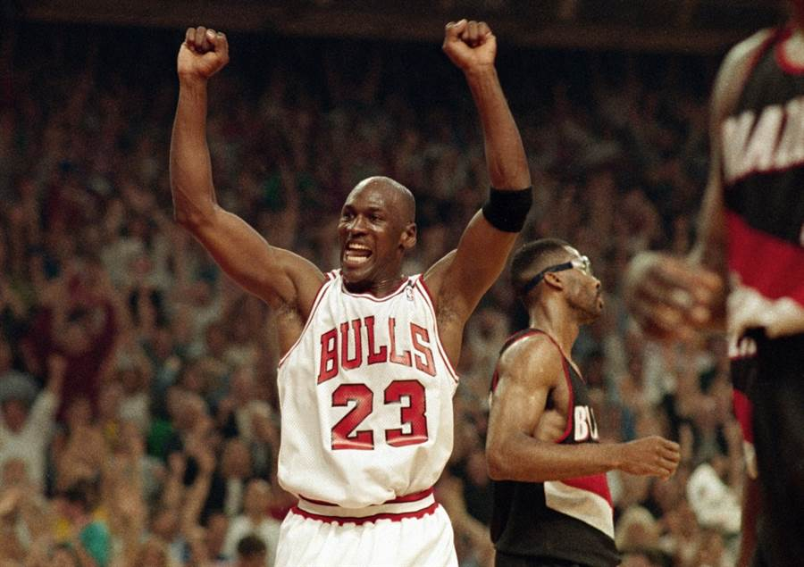 NBA資深記者山姆史密斯爆料喬丹根本無心想搶第7冠。(美聯社)