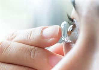 隱形眼鏡戴完不丟收集4年 驚人成果8萬人呆住