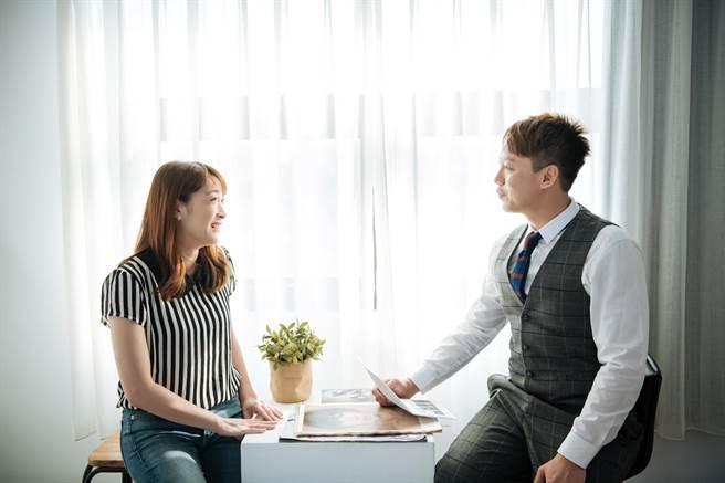 立達徵信社執行長謝智博分享,立達並持誠信與專業,提供客戶最高品質的服務。(圖/立達徵信社提供)