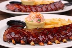 勞動節吃起來!2大美式餐廳豪氣送人氣炭烤豬肋排