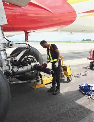 班機停飛的期間 AirAsia的飛機在做什麼?