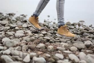 心情煩躁焦慮?「走路冥想」有5大益處 改善生活品質