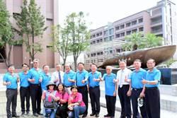 僑泰歡慶50周年「超級戰艦」銅雕揭幕