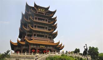 武漢黃鶴樓「五一」首日接待遊客1595人 為去年同期3%