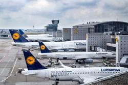 德航航班減至1955年水平 全球航空業可能「海嘯式裁員」!