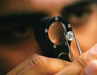 印度鑽石加工業停擺