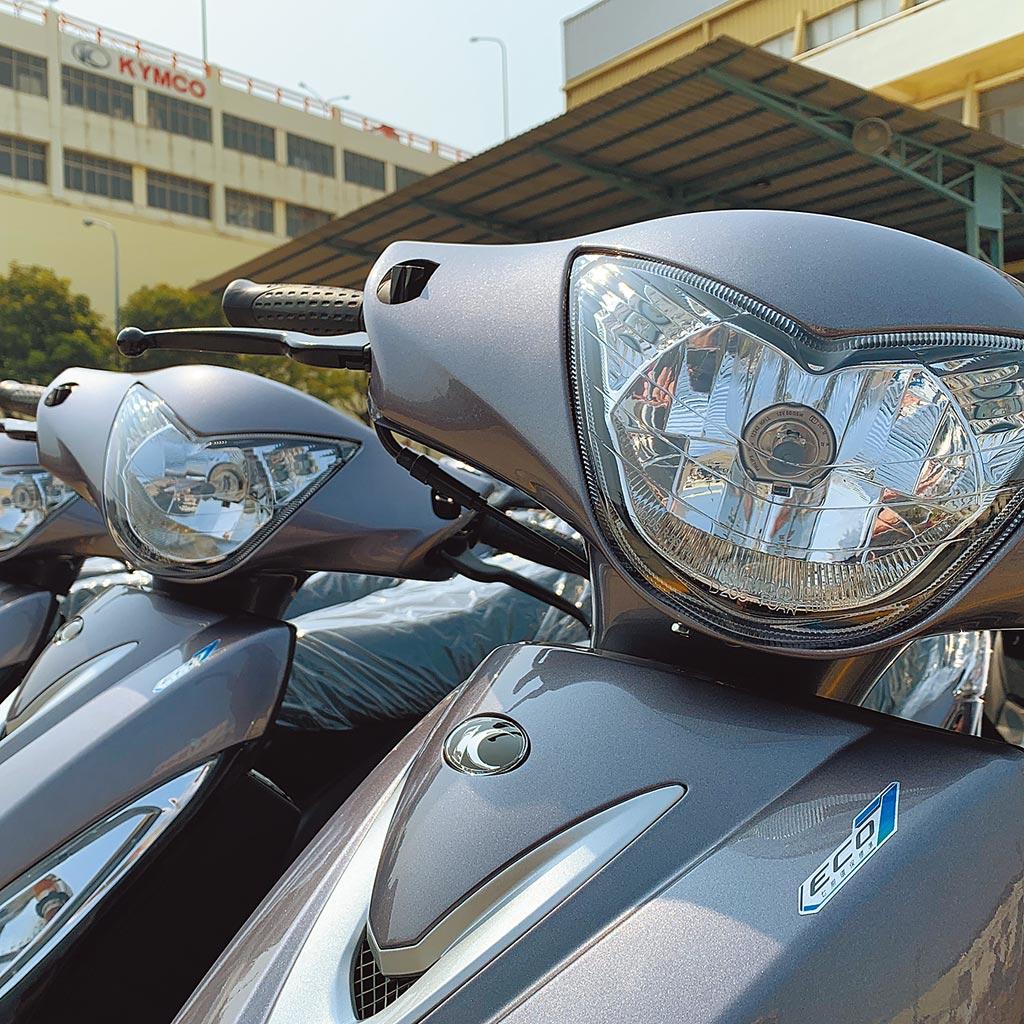 光陽GP 125 ABS的油耗表現,據能源效率測試值達49.8km/L,在市區型態可達43.84km/L,定速型態更可達62.71km/L。(陳大任攝)