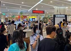 疫情趨緩人潮爆量回流 巨城購物中心五一連假業績成長5成